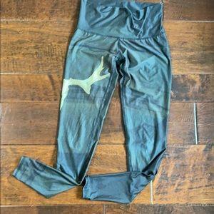 Black/army green skull Teeki leggings